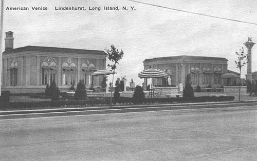 Front View American Venice. Postcard from Lindenhurst, NY